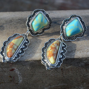 Jewelry - Green Boulder Turquoise Southwestern Earrlings Dro